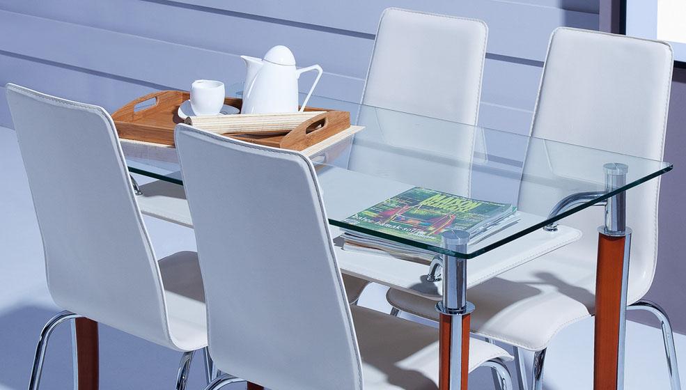 Siyah sandalyeli mutfak masası modelleri