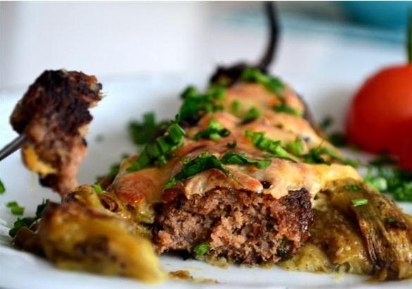 Közlenmiş Patlıcanlı Köfte Kebabı Tarifi