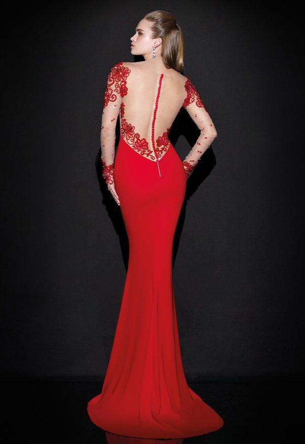 28127d43bcf06 kırmızı tül kolları işlemeli kuyruklu abiye uzun gece elbisesi arkadan  görünüm