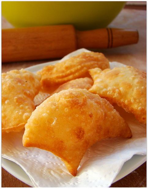 kızartılmış peynirli fincan böreği tarifi