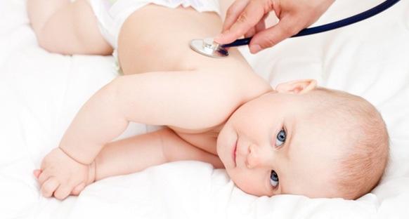 doğumda bebeğe hastalık bulaştırmak
