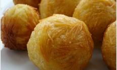 Tel Şehriyeli Patates Topları Kızartması Salatası Tarifi