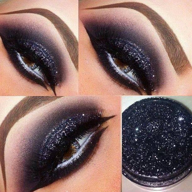 Вечерний черный макияж