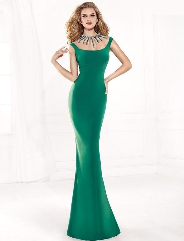 defc637b8c5da yeşil sırt dekolteli dar abiye elbise trendi